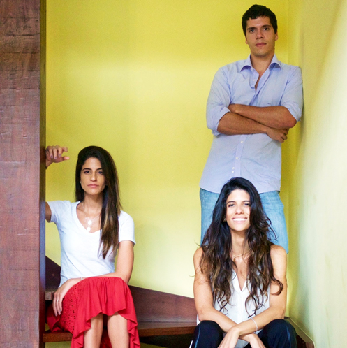 Fernanda (vermelho), Daniela e Bruno