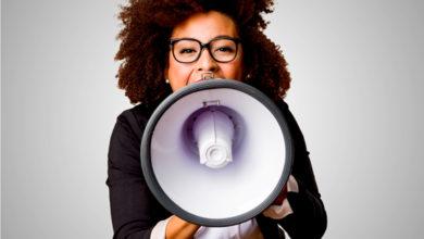 Photo of Tem medo de falar em público? Especialista em comunicação ensina a se sair bem
