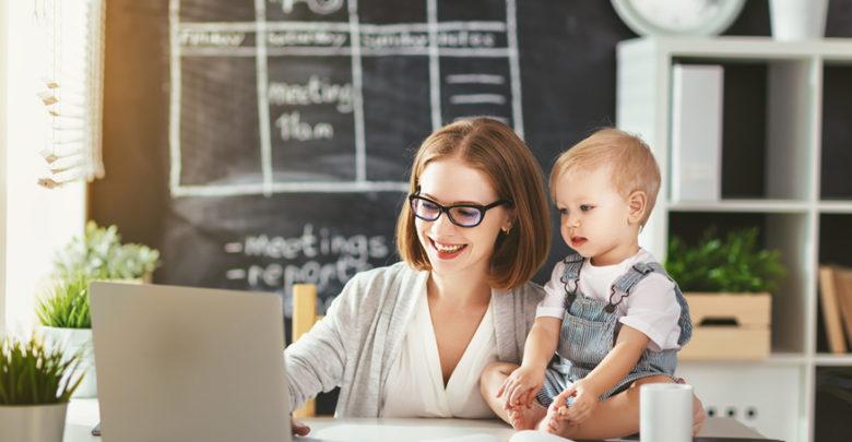 Mães empreendedoras criam espaço corporativo para mulheres prosperarem ao lado dos filhos
