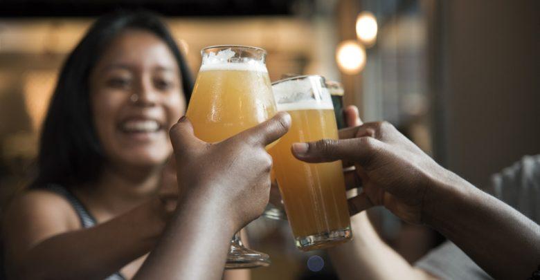 Empresário abre cervejaria artesanal em homenagem a vinda da família holandesa ao Brasil
