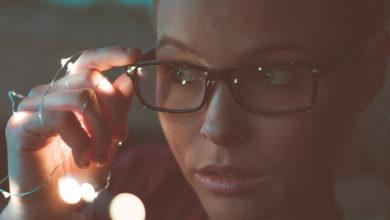 Cinco maus hábitos que podem comprometer a visão