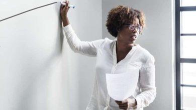 Photo of Casal fatura mais de R$ 130 mil por mês após abrir rede de franquia de cursos profissionais