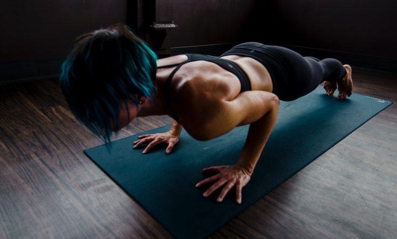 Quarentena: exercício físico fortalece imunidade; saiba o que pode ser feito dentro de casa