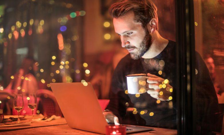 Presença na internet é fundamental para garantir a longevidade dos negócios
